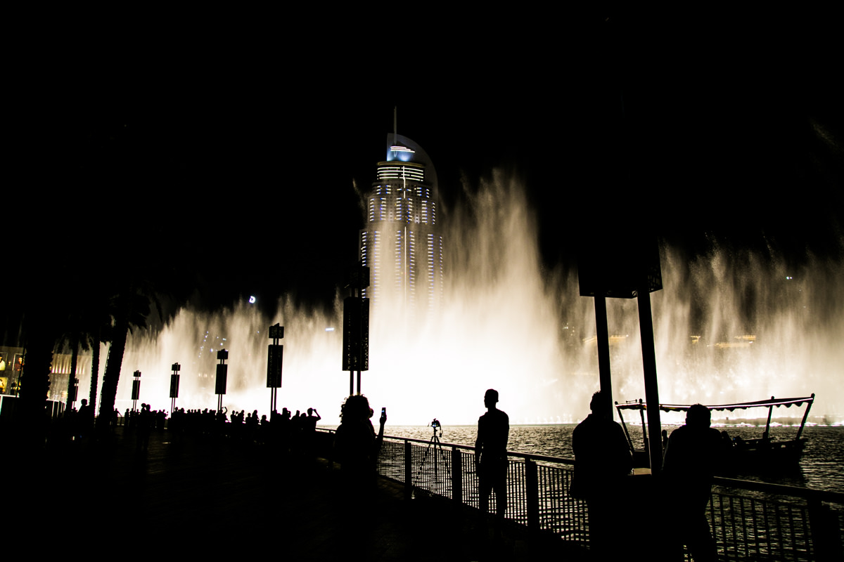 The Dubai fountain at night
